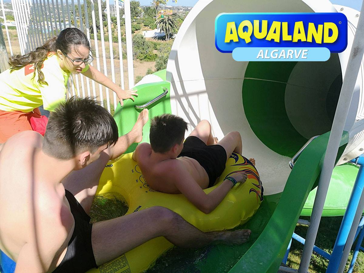 get on the slide aqualand