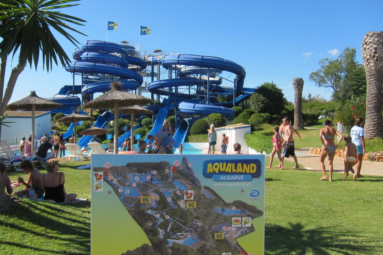 aqualand blue slide perspective ticketshop